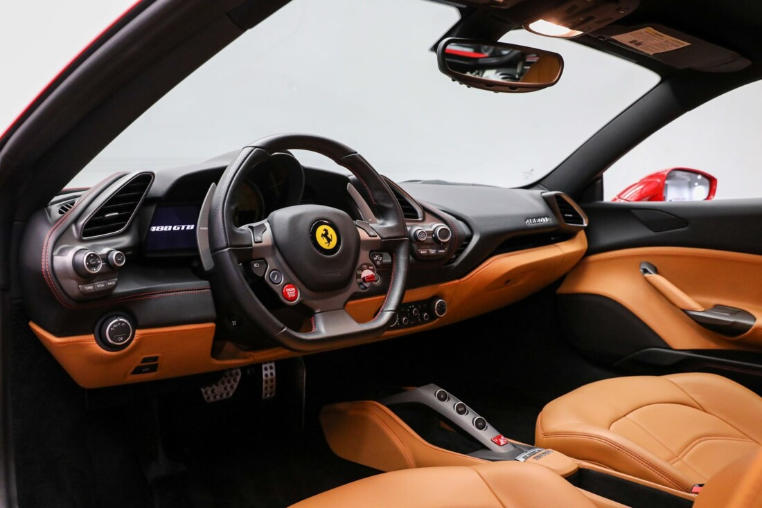 2017 Ferrari 488 GTB image _61443d2fe77e30.58802847.jpg