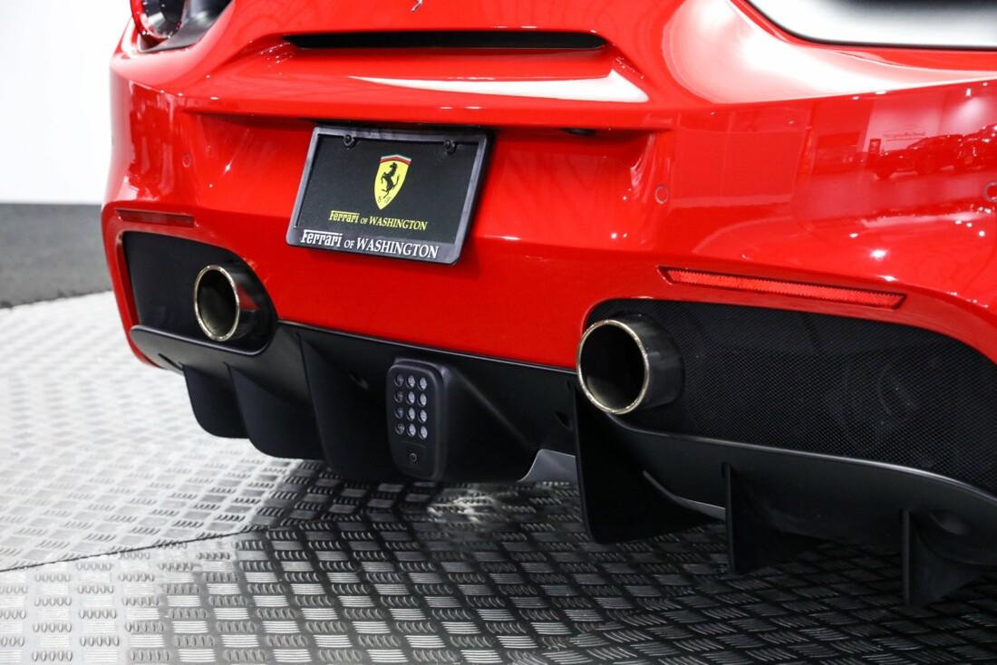 2017 Ferrari 488 GTB image _61443d4c2764f5.42237179.jpg