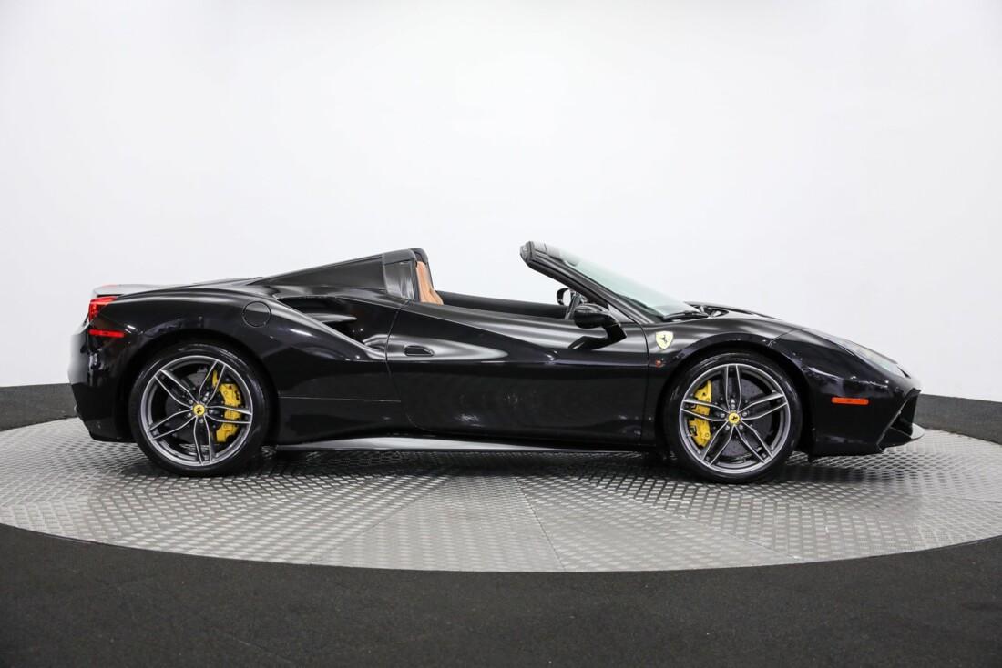 2018 Ferrari 488 Spider image _61443d6b821f59.97575469.jpg