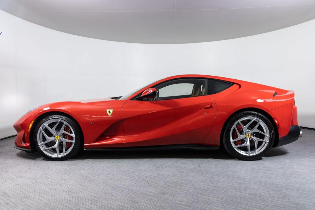 2019 Ferrari 812 Superfast image _61458ec46b3243.32120328.jpg