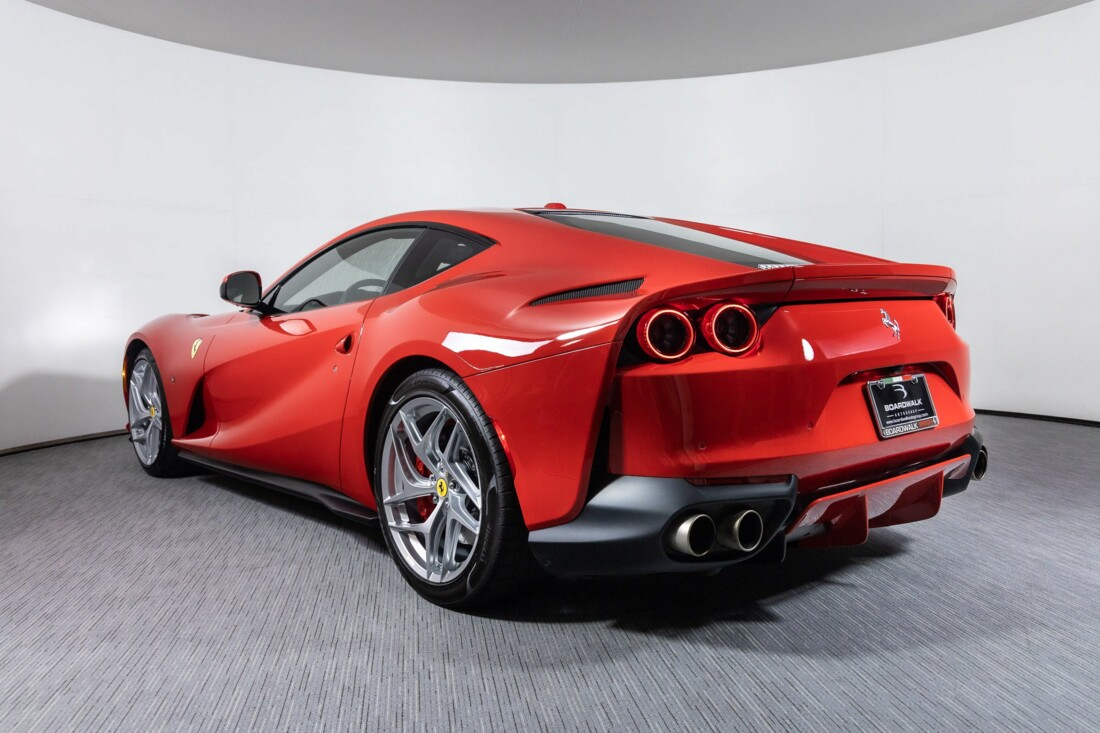 2019 Ferrari 812 Superfast image _61458ecebd7c94.61559869.jpg