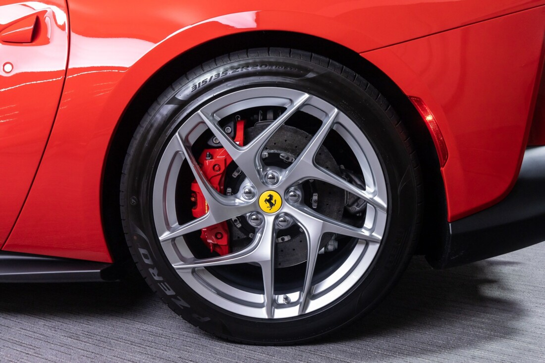 2019 Ferrari 812 Superfast image _61458ed9cf0d64.94971631.jpg