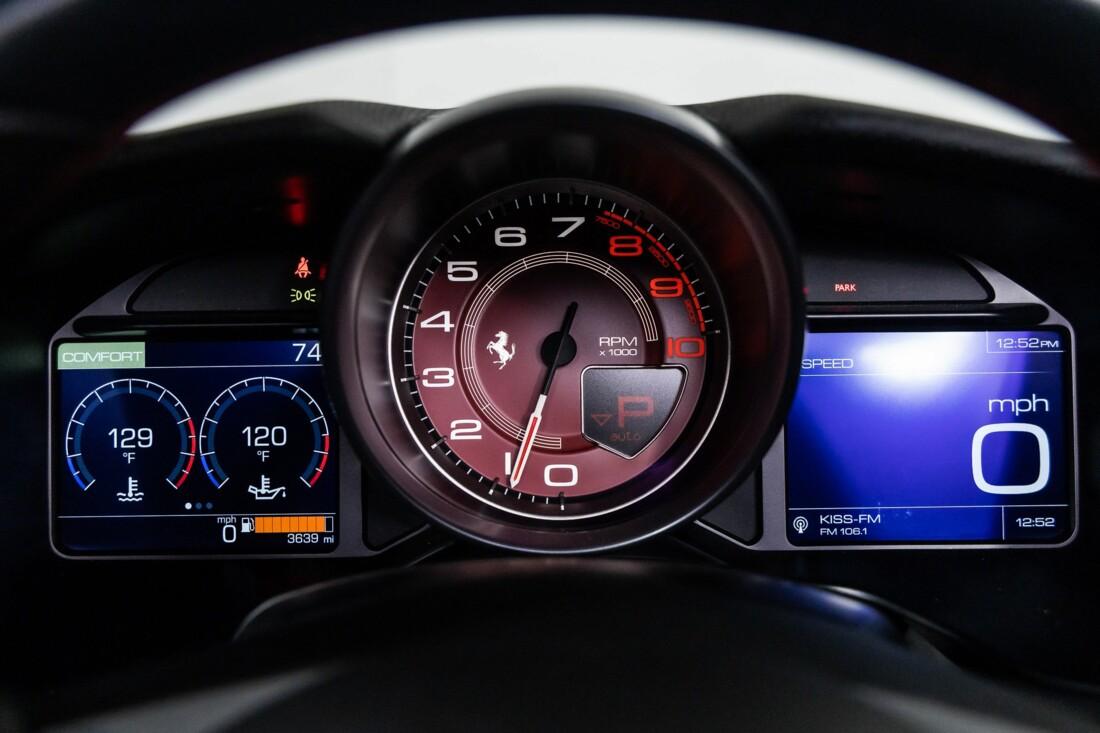 2020 Ferrari  Portofino image _6146e0270bd258.84113533.jpg