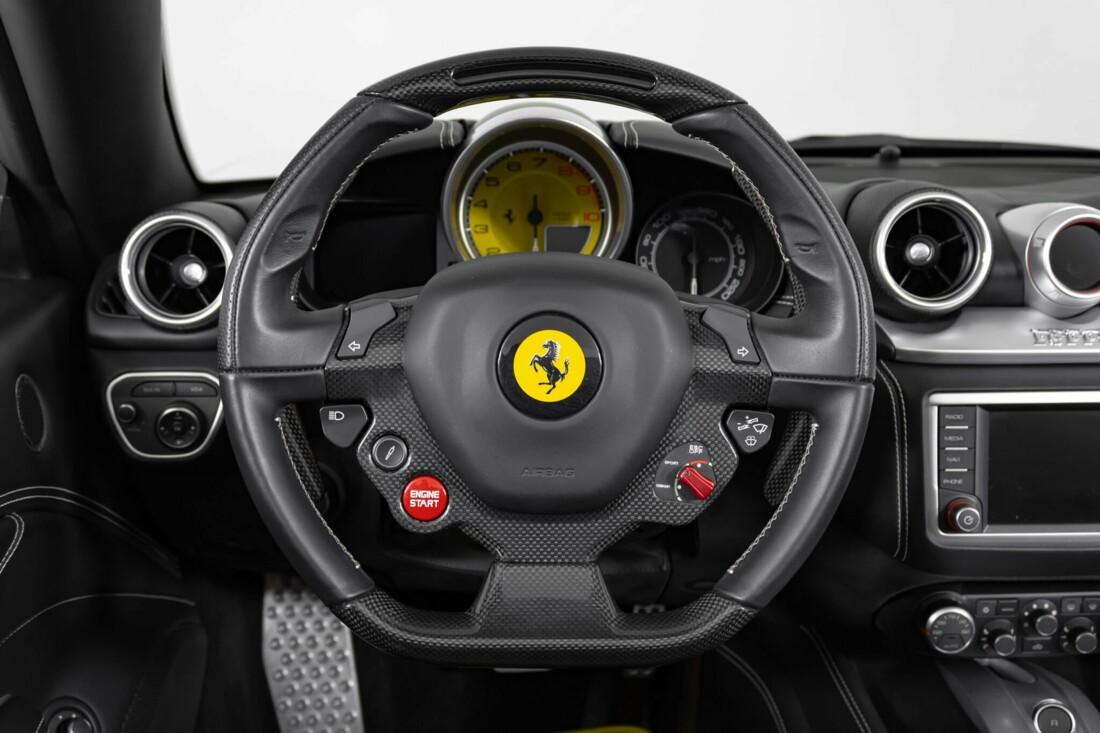 2015 Ferrari  California image _6146e0404dbc55.73391198.jpg