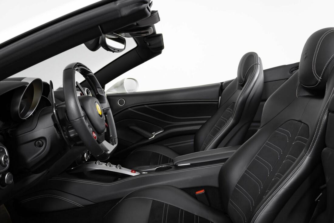 2015 Ferrari  California image _6146e0414f0c79.21732231.jpg