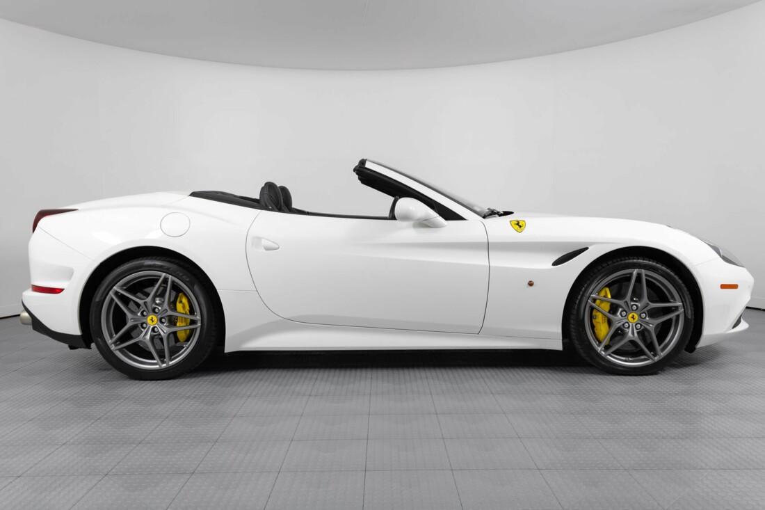 2015 Ferrari  California image _6146e0455cbfc3.96852147.jpg