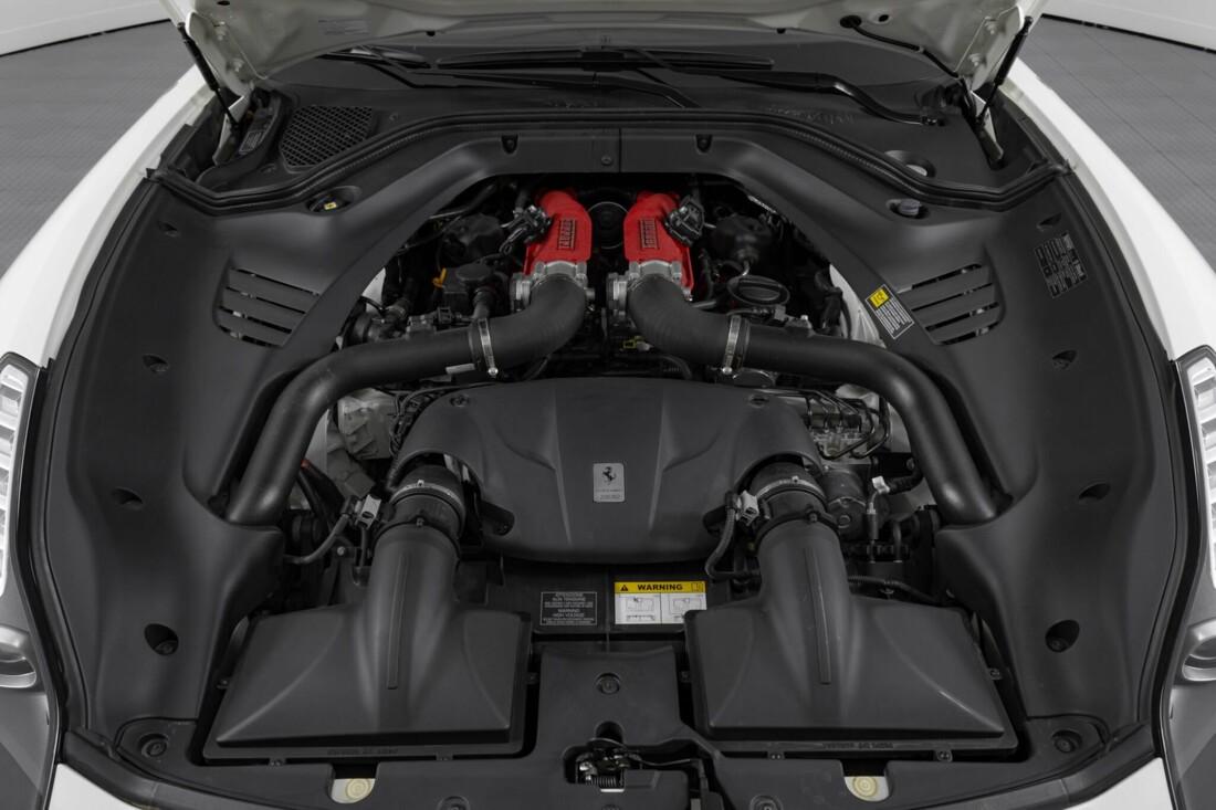 2015 Ferrari  California image _6146e055ec4667.11419722.jpg