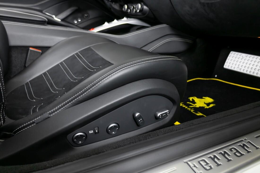 2015 Ferrari  California image _6146e05c3c1764.37981344.jpg