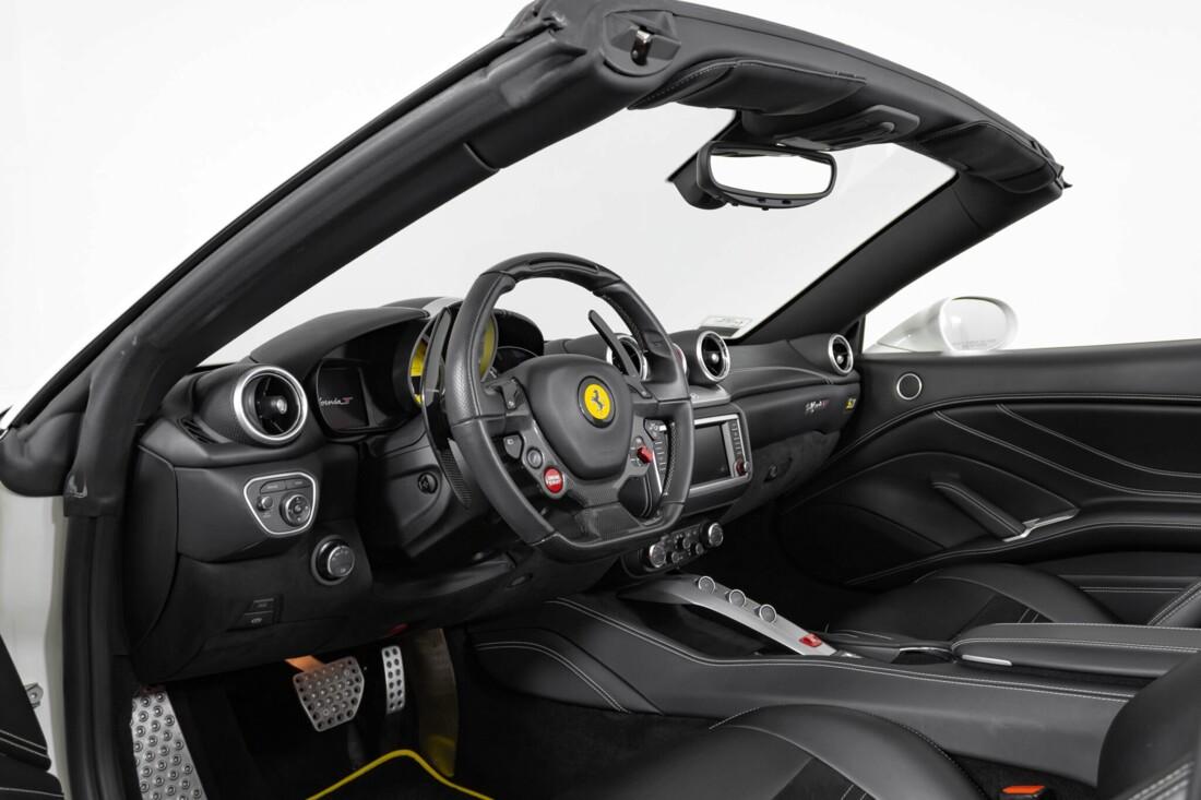2015 Ferrari  California image _6146e05e3cbdf8.26113706.jpg