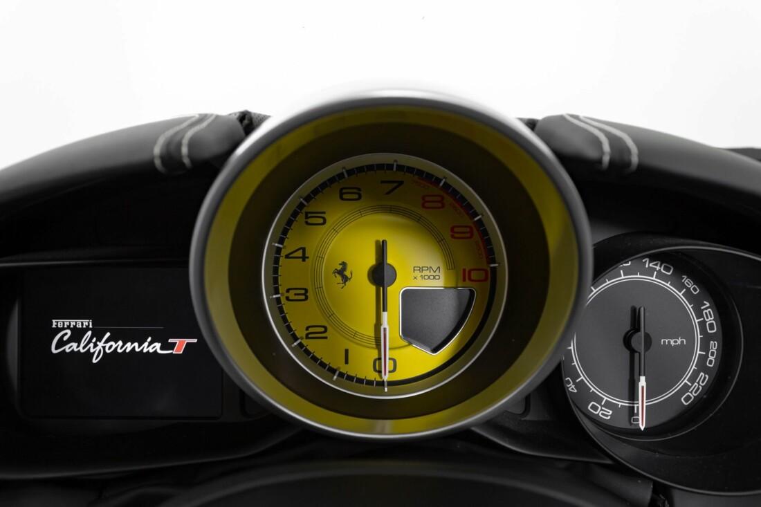 2015 Ferrari  California image _6146e0612c6b63.66517980.jpg