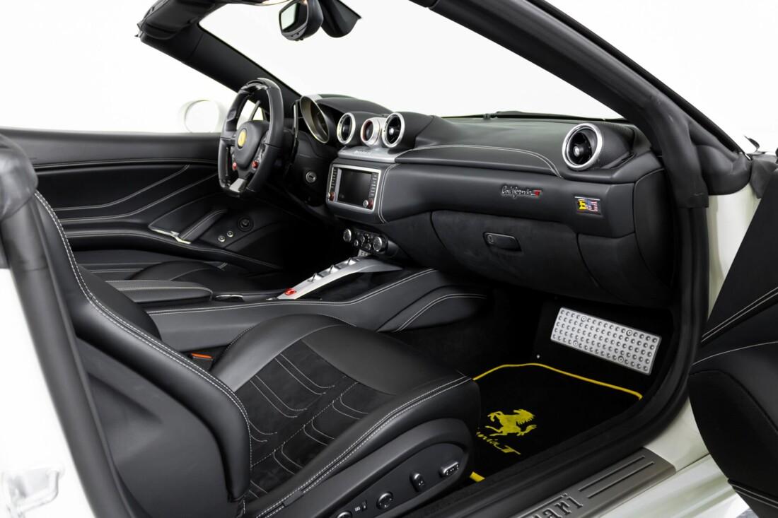 2015 Ferrari  California image _6146e067113b81.15098991.jpg