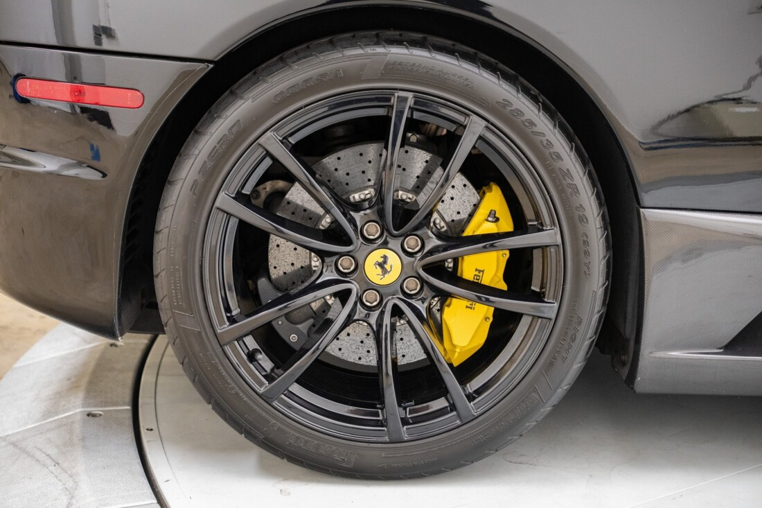 2009 Ferrari 430 Scuderia image _6146e0a8c1a991.42646593.jpg