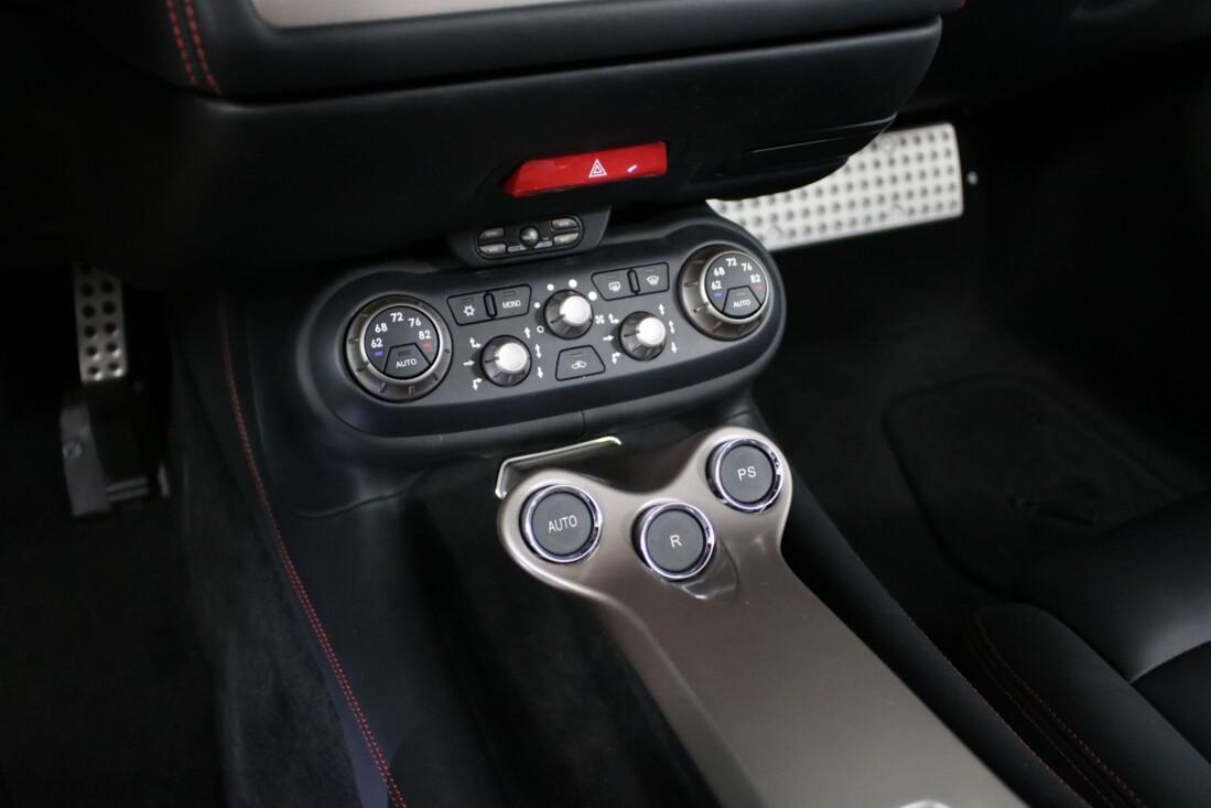 2014 Ferrari  California image _6146e0bc43f5a4.99459204.jpg
