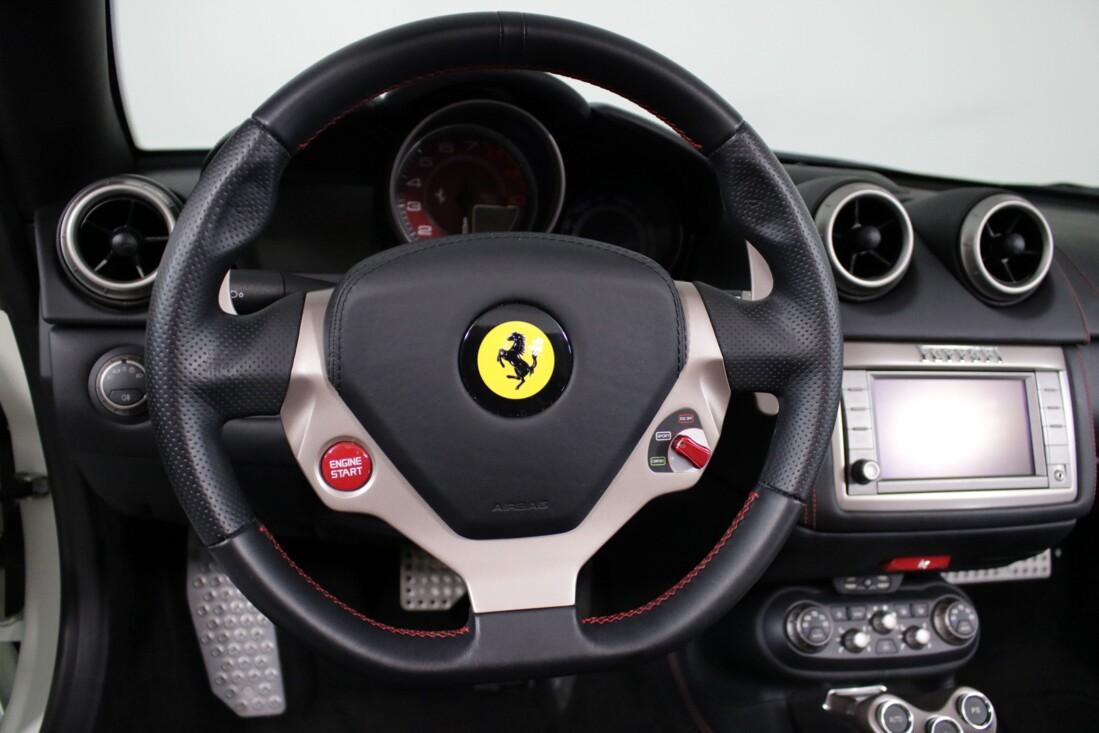 2014 Ferrari  California image _6146e0d56e9997.96882678.jpg