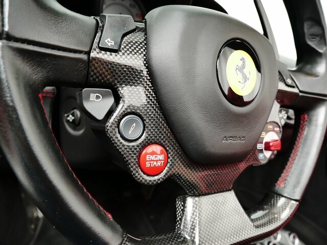 2013 Ferrari  458 Italia image _6146e18262dc91.70049579.jpg