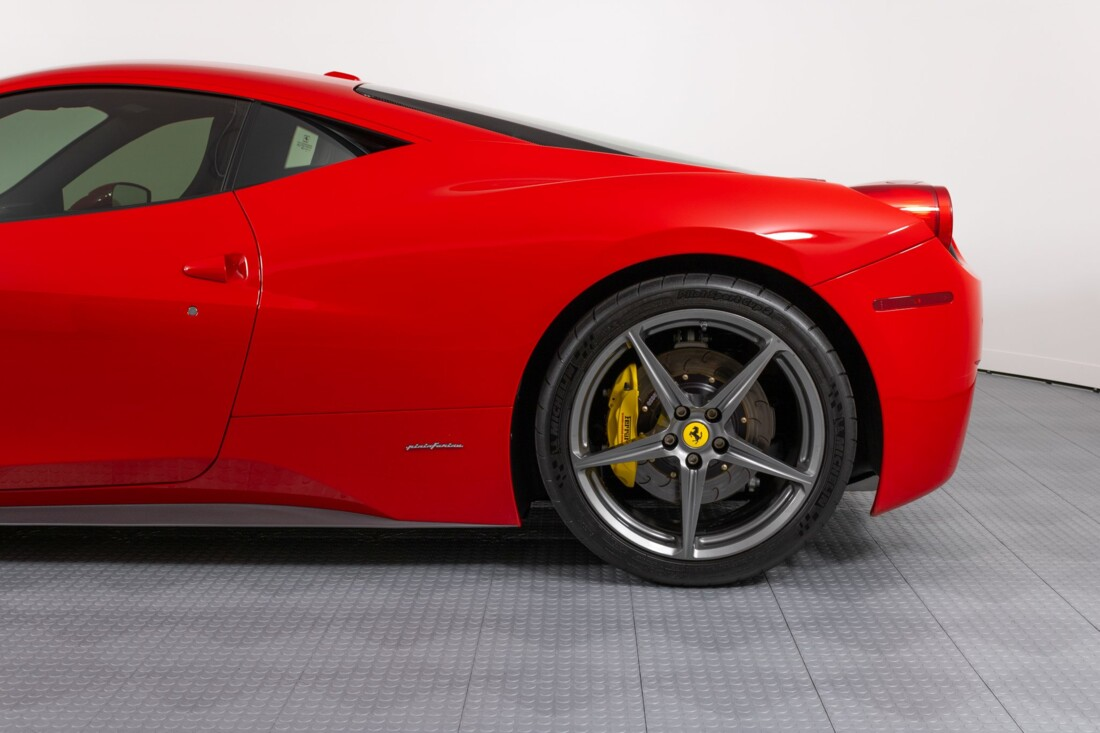 2014 Ferrari  458 Italia image _6148317fbb68d8.48025517.jpg