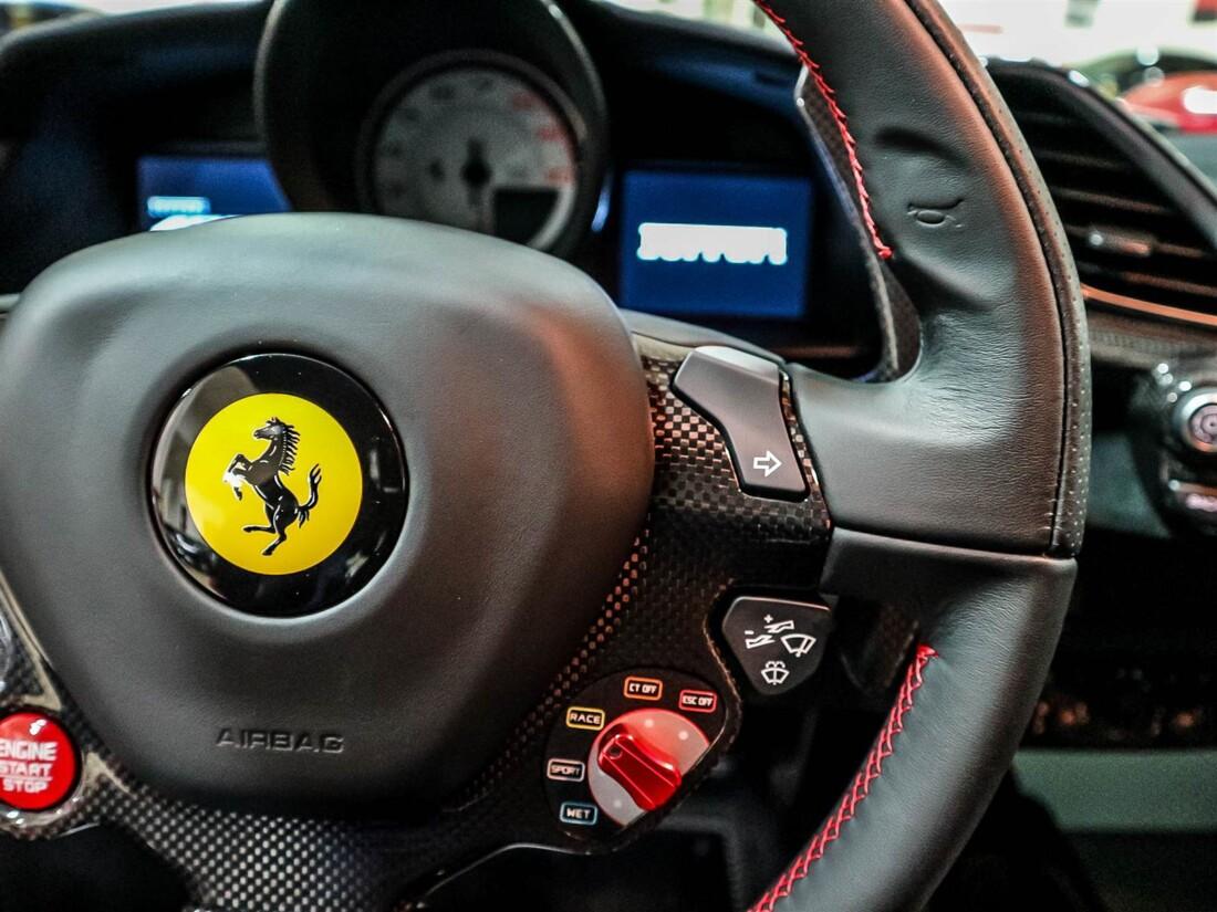 2020 Ferrari  488 Pista image _614831d1950994.45576644.jpg
