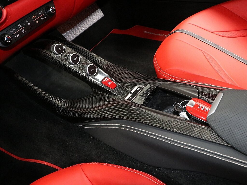 2018 Ferrari 812 Superfast image _614ad476021f94.10495566.jpg