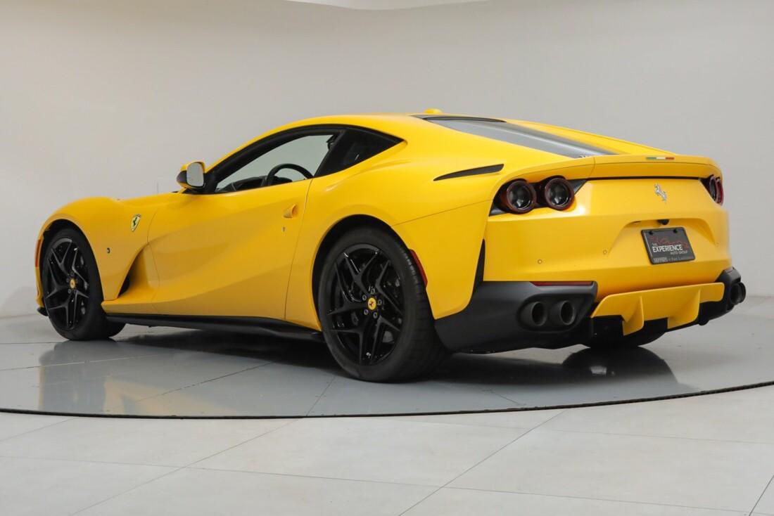 2018 Ferrari 812 Superfast image _614ad54a056c86.38003083.jpg