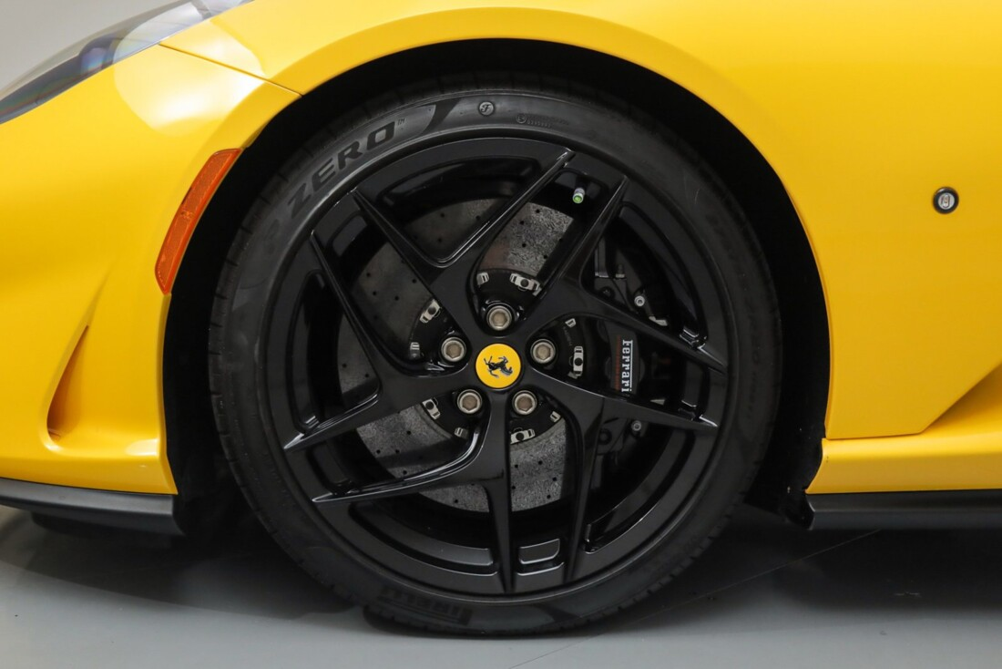 2018 Ferrari 812 Superfast image _614ad55f8e3a46.08797377.jpg