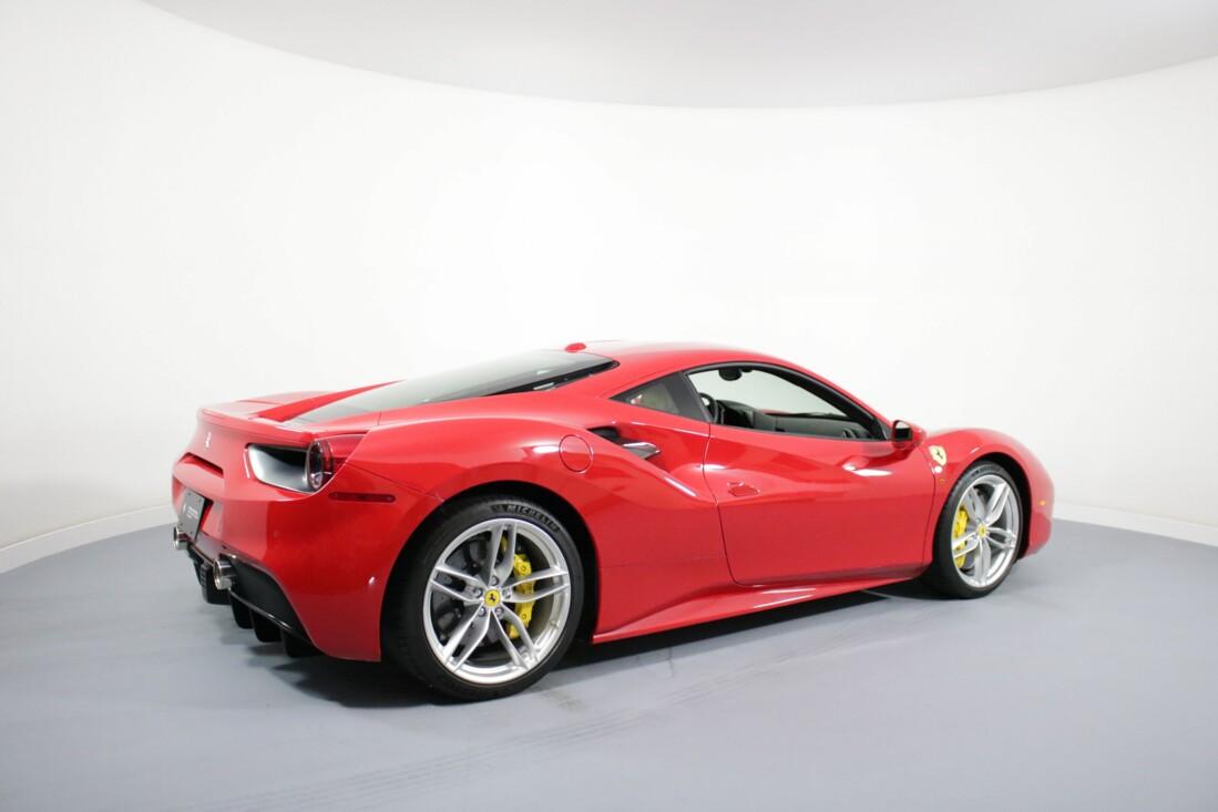 2017 Ferrari 488 GTB image _614ad59d2787d2.29794680.jpg
