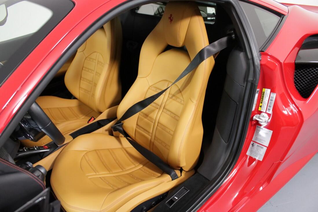 2017 Ferrari 488 GTB image _614ad5b60f8411.01672765.jpg