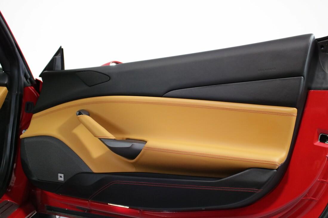 2017 Ferrari 488 GTB image _614ad5f22ea595.25904950.jpg