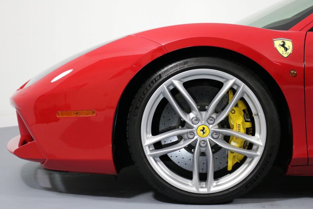 2017 Ferrari 488 GTB image _614ad6491e8e30.62650807.jpg
