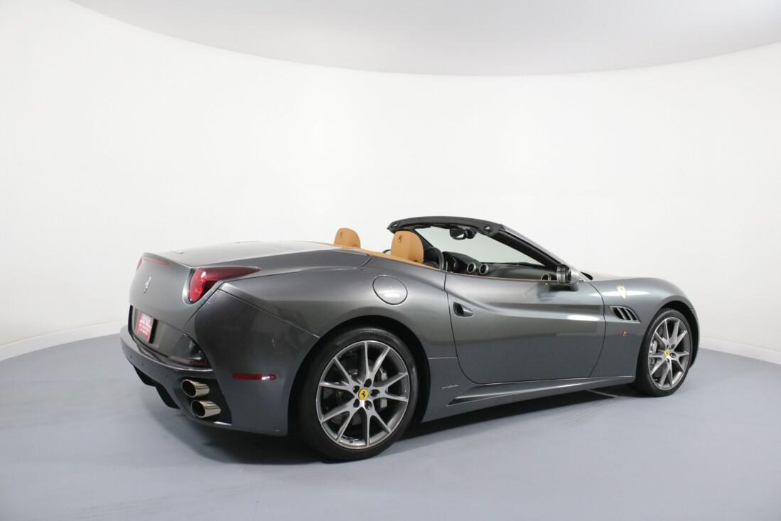 2012 Ferrari  California image _614c26bdcf9053.54913291.jpg