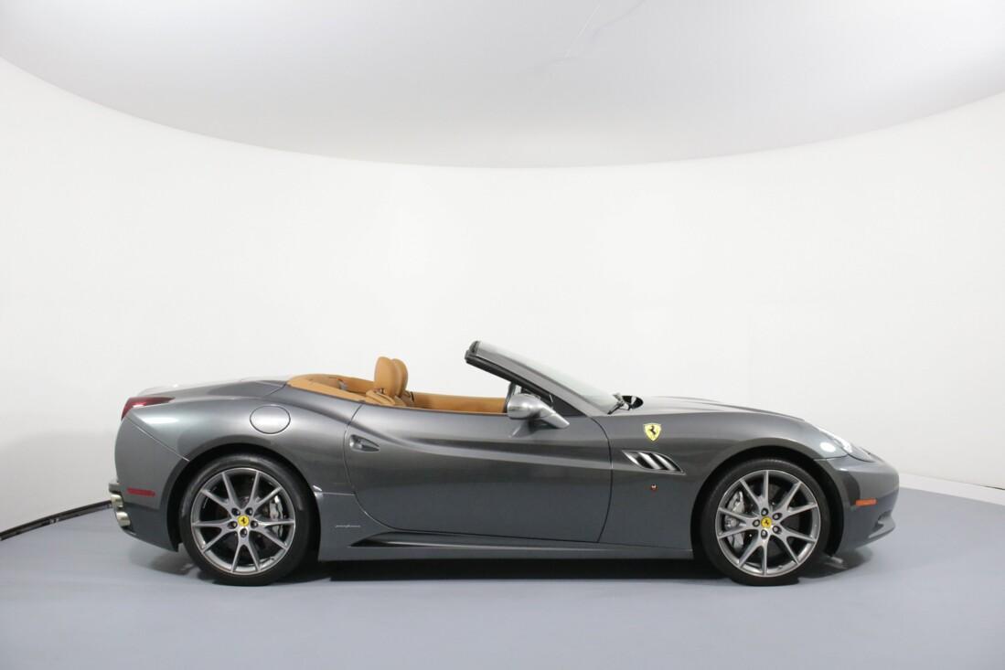 2012 Ferrari  California image _614c26c130cc80.26008595.jpg