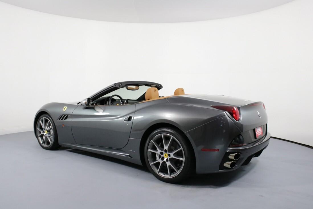 2012 Ferrari  California image _614c26d26a6153.07032012.jpg