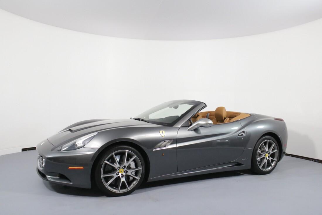 2012 Ferrari  California image _614c26d927b527.33060108.jpg