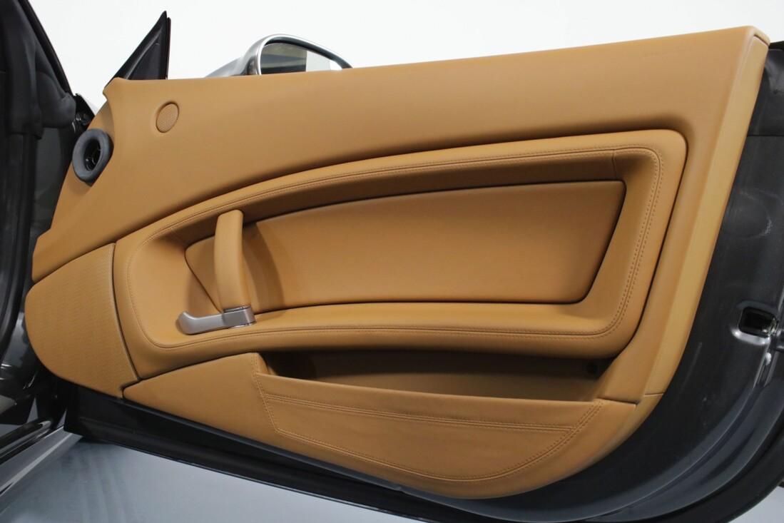 2012 Ferrari  California image _614c270bb1e7e8.61287000.jpg