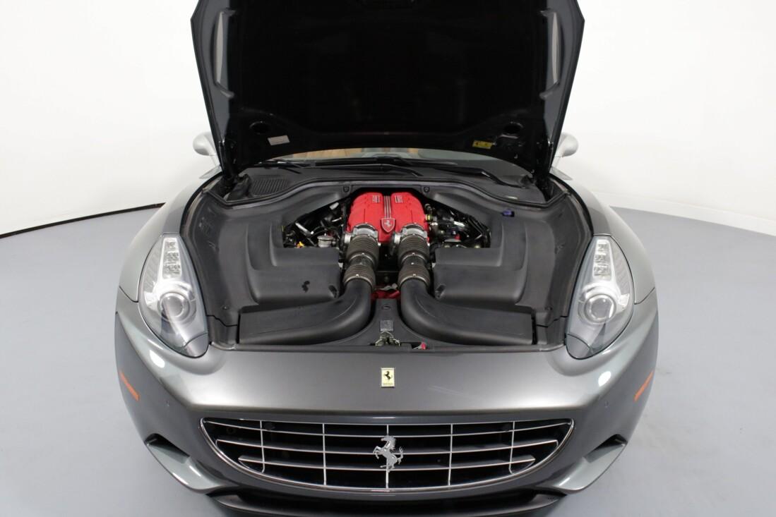 2012 Ferrari  California image _614c2726a0df86.09973616.jpg