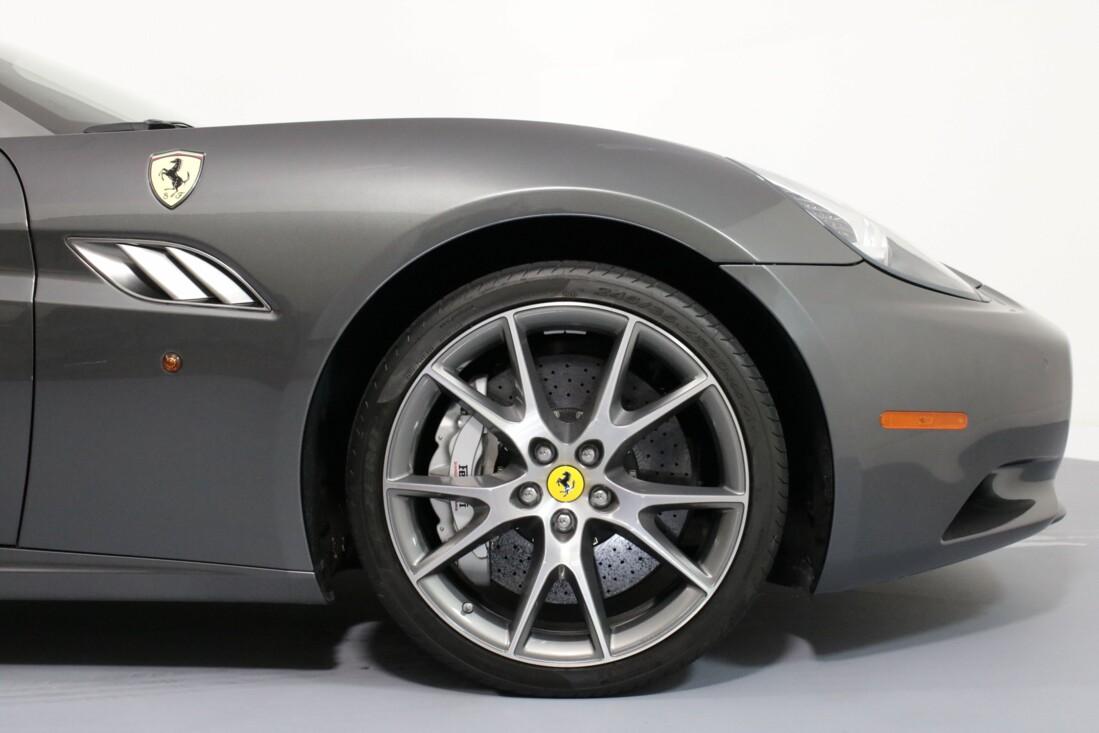 2012 Ferrari  California image _614c272dc8afa4.94156502.jpg