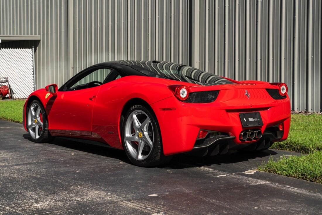 2011 Ferrari  458 Italia image _614c27416df897.02831089.jpg