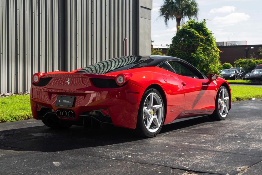 2011 Ferrari  458 Italia image _614c27431d3c80.15188831.jpg