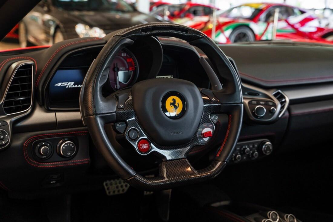 2011 Ferrari  458 Italia image _614c274ae78be4.41343896.jpg