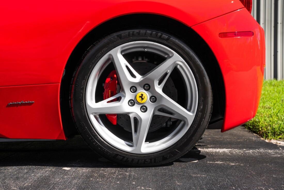 2011 Ferrari  458 Italia image _614c2762ebddb5.18536278.jpg