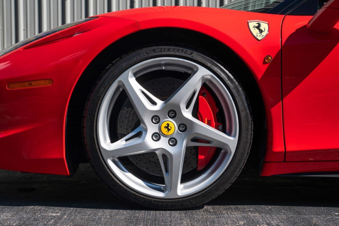 2011 Ferrari  458 Italia image _614c2763da6b73.91068388.jpg