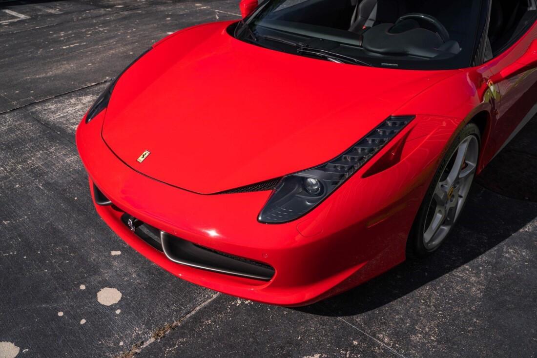 2011 Ferrari  458 Italia image _614c2767e42b66.25149848.jpg