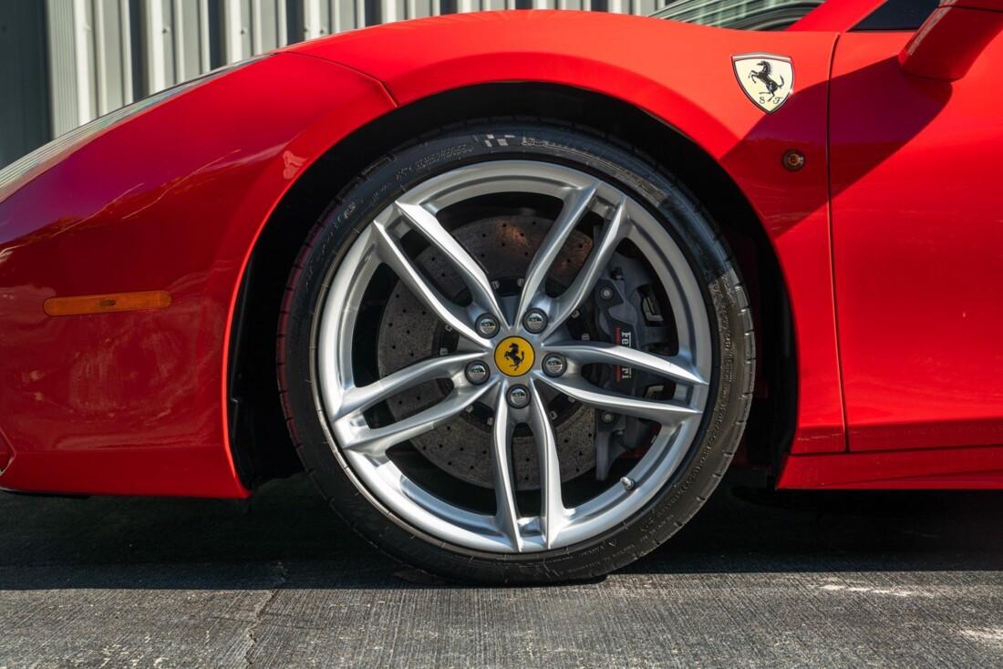 2017 Ferrari 488 Spider image _614c2794ec1320.22608659.jpg