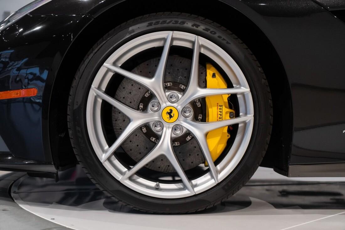 2015 Ferrari F12berlinetta image _614c27a989ddb0.41833355.jpg