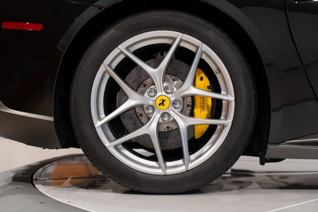2015 Ferrari F12berlinetta image _614c27aac28271.10554589.jpg