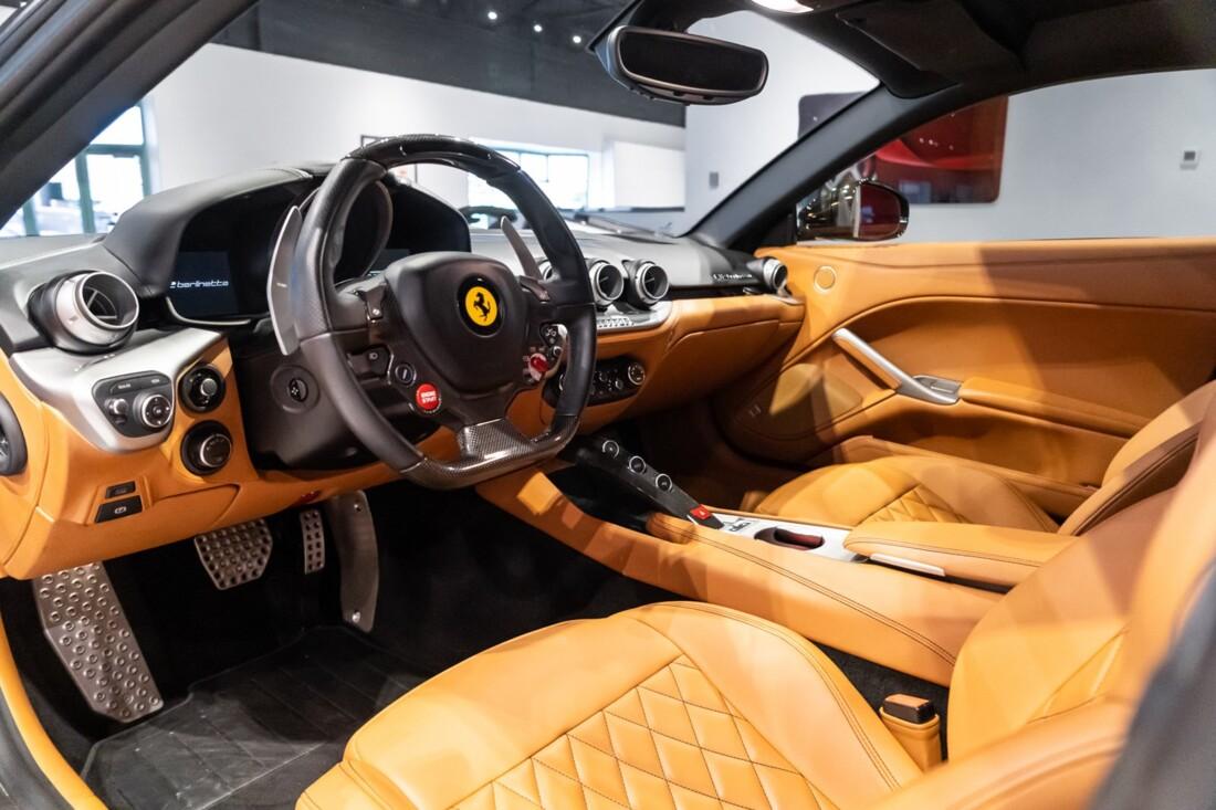 2015 Ferrari F12berlinetta image _614c27af9f6446.69418629.jpg