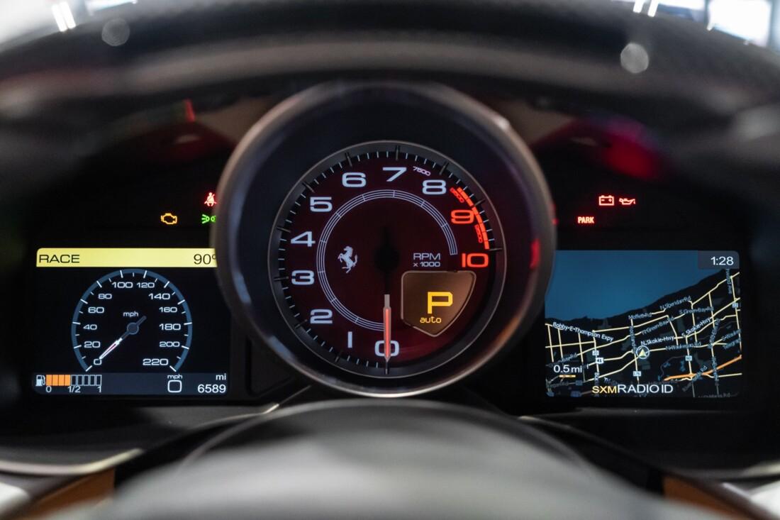 2015 Ferrari F12berlinetta image _614c27b047d270.27961067.jpg