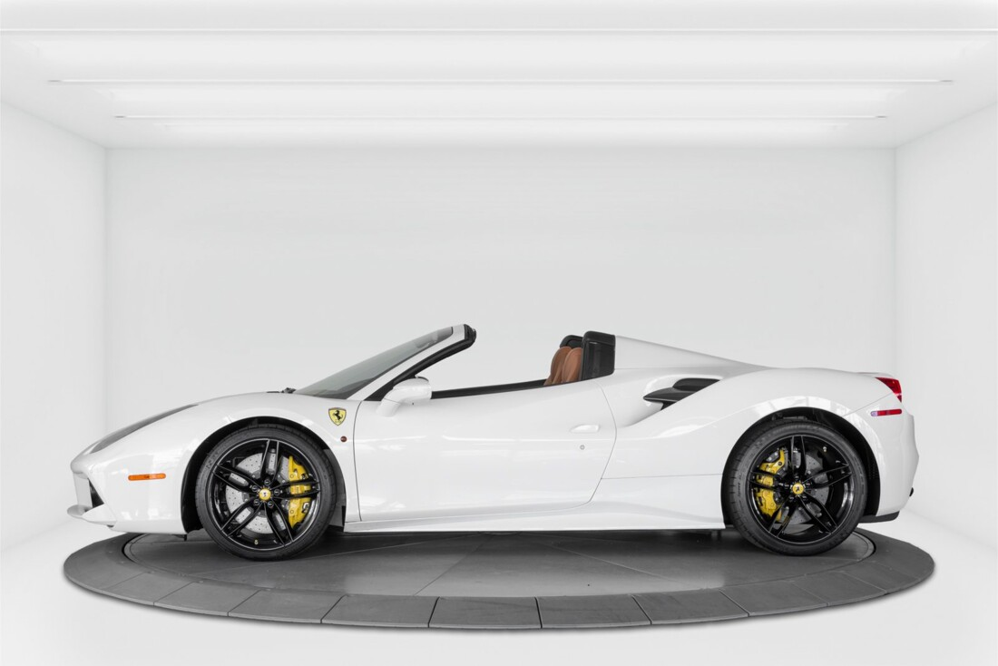 2018 Ferrari 488 Spider image _614d7791ba8ed3.44942967.jpg