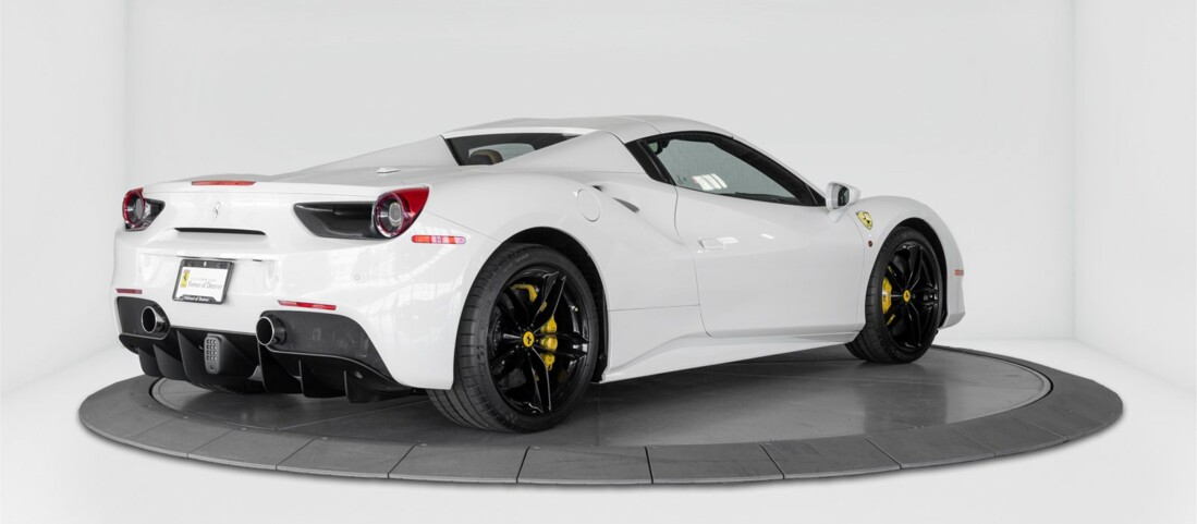 2018 Ferrari 488 Spider image _614d77a1e8e088.66361628.jpg