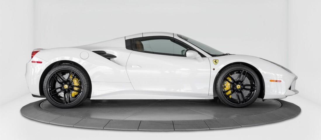 2018 Ferrari 488 Spider image _614d77a2743132.63344930.jpg