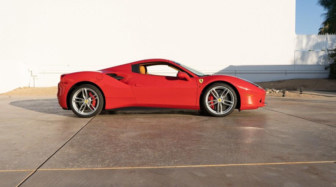 2016 Ferrari 488 Spider image _614d77ba4bc1e9.47608607.jpg
